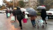 İzmir'de 60 saatlik su kesintisi vatandaşlar için çileye döndü