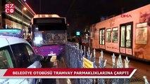 İstanbul'da otobüs tramvay parmaklıklarına çarptı