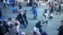 Ümraniye'de yanındaki kadını döven kişiye dayak kamerada