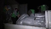 İHH, İdlib'de saldırılardan kaçanlar için çadır kuruyor