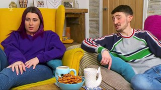 Gogglebox - S14E15 - December 24, 2019 || Gogglebox (12/24/2019) Part 01