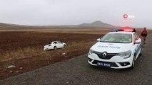 Kontrolden çıkan otomobil tarlaya devrildi: 2 yaralı