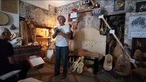 sicile 2019 12 septembre bronte musicien facteur