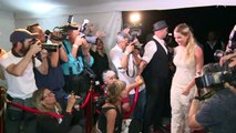 Suárez renueva votos matrimoniales en Uruguay junto a astros de fútbol