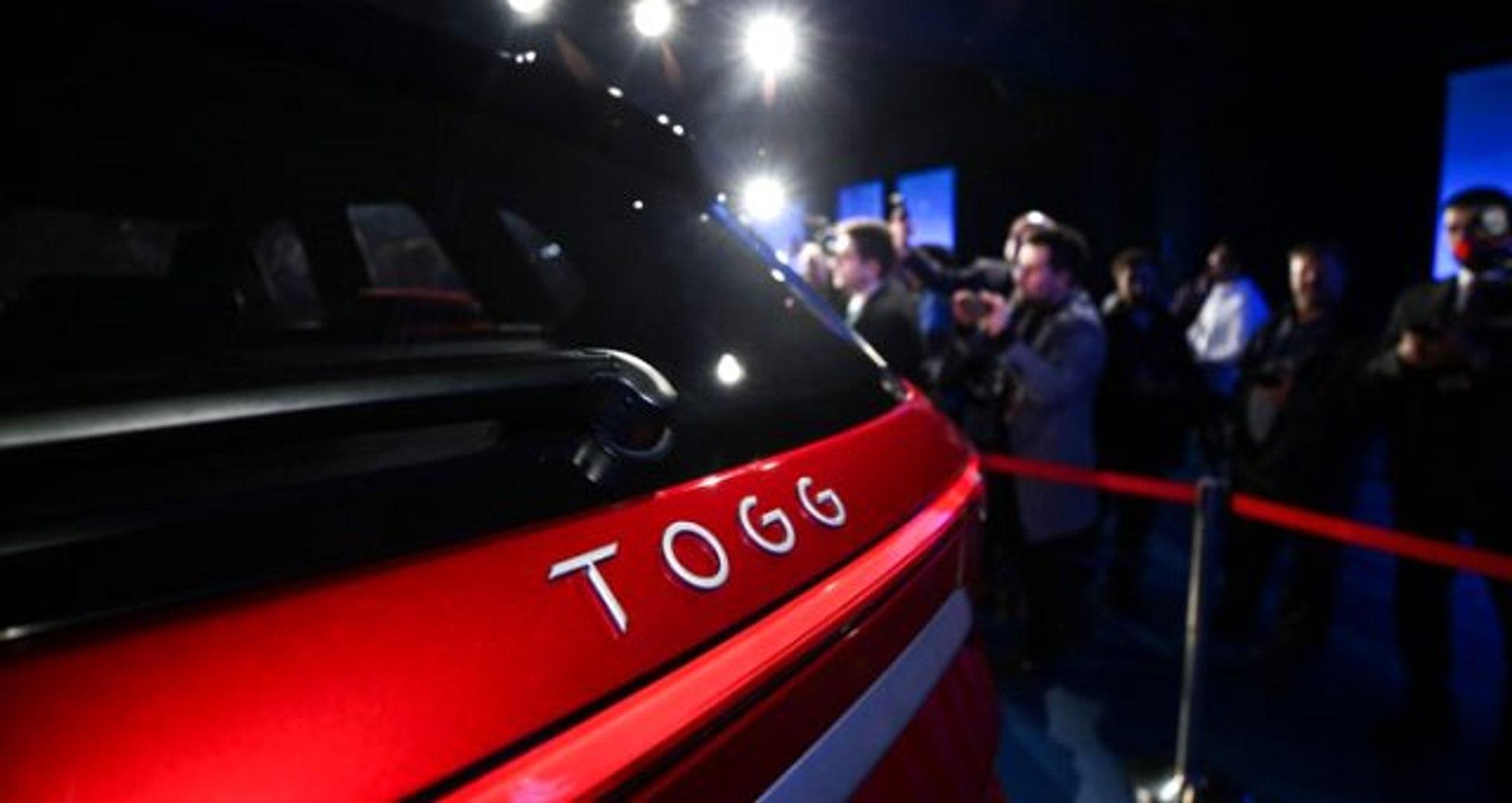 Ünlü isimlerden 'yerli otomobil' paylaşımı: Gururlanmamak elde değil