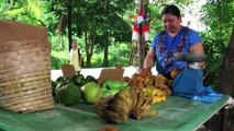 Buboy wishes the fruit vendor good fortune | Starla