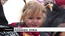 'Noel Babalar' Suriye'deki mülteci kampında çocuklara oyuncak dağıttı
