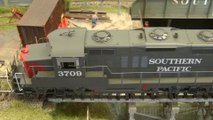 "Rail Transport Modeling in Front of the ""Arizona Cold Storage Warehouse"": Industry Switching Layout in HO Scale - Video by Pilentum Television about rail transport modeling, trains, model railroading, railway modelling, model railways and model railroads"