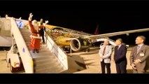 مطار مرسى علم يواصل استقبال السائحين بهدية سكريت سانتا