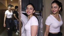 RakulPreet snapped by the paparazzi at Juhu