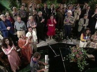 Bill & Gloria Gaither - Jesus Is Coming Soon