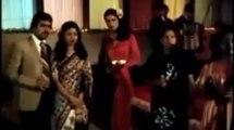 "Best of Amitabh Bachchan Vol. 1 — ""Bohot Khoobsurat Jawan Ek ladki"" – (DOSTANA) — Kishore Kumar – (Film: 1980)   Amitabh Bachchan   (From The Best of Amitabh Bachchan Vol 1 Hits (Hindi) Big Bachchan The Big Actor [Video Song] Bollywood Univers"