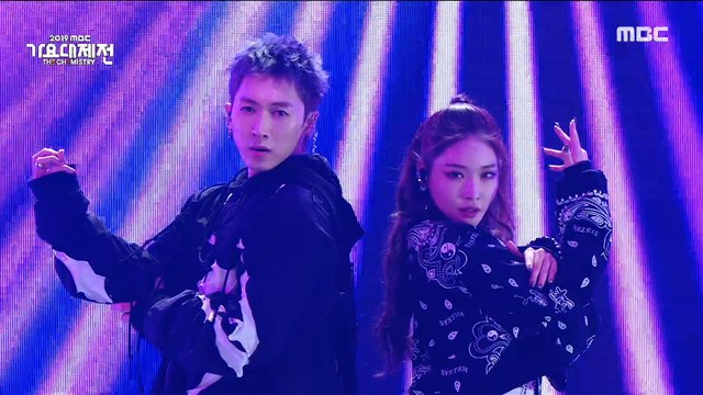 [HOT] JANG WOOHYUK X  CHUNG HA - Dance performance