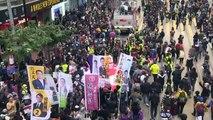 Hong Kong tem grande protesto no 1º dia do ano
