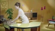 Les aventures du Slip Français dans un spot de publicité sur le web intitulé la surprise du chef