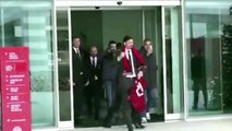 Football - Zlatan Ibrahimovic présente son maillot aux tifosi du Milan AC