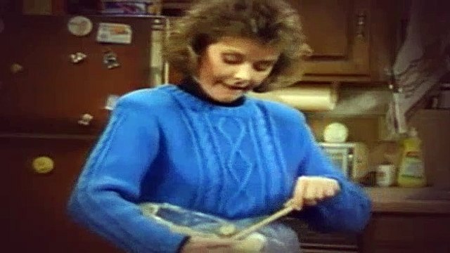 Married with Children S03E11 My Mom, the Mom