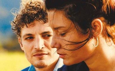 Revenir Film avec Niels Schneider et Adèle Exarchopoulos