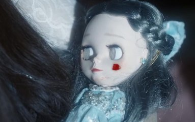 【猎影派】美女用鲜血喂养木偶,代替自己去上班,从此躺床上就能得到一切