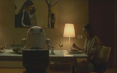 【鲁班爱看剧】机器人系统出现错误,误把气话当指令,将一家人做成了晚餐