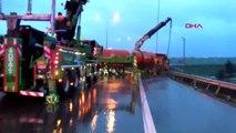 Tem'de meydana gelen kaza nedeniyle yol trafiğe kapandı