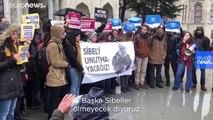 İstanbul Üniversitesi öğrencileri intihar eden arkadaşları Sibel Ünli'yi andı