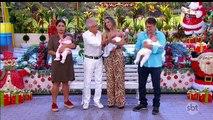 Carlos Alberto mostra os 3 netos na última A Praça é Nossa inédita do ano - Encerramento A Praça é Nossa (26/12/2019) (Gravado em 27/12/2019) (00h56) | SBT 2019
