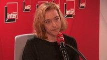 """Chloé Verlhac, veuve du dessinateur Tignous, raconte comment personne n'a voulu lui annoncer la mort du dessinateur de Charlie Hebdo : """"C'est moi qui demande 'est-ce qu'il est mort'. Dans les regards que je croise, il y a Luz, qui hoche la tête"""""""