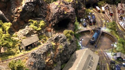 Model Railroading in N Scale: The Rockcliffe Layout by David and John Riddle - Video by Pilentum Television about rail transport modeling, trains, model railroading, railway modelling, model railways and model railroads