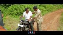 Thugs stealing money from Narayana _ Minugurulu Telugu Movie _ Ashish, Suhasini