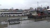 Şiddetli yağış ve fırtına deniz ulaşımını olumsuz etkiliyor