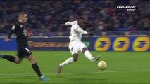 Moussa Dembélé ouvre le score pour l'OL - Coupe de la Ligue BKT