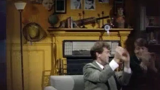 A Bit of Fry and Laurie S02E05 The Cause