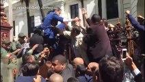 Chavismo se afasta de confusão parlamentar