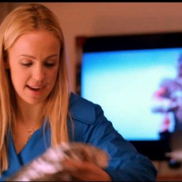 Scene med Stella og Buller i kælderen - Julefrokosten (Anne Grethe Bjarup Riis & Kim Bodnia) - TV2 Danmark