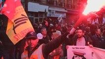 Los franceses renuevan su pulso en la calle a la reforma de Macron