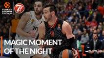 7DAYS Magic Moment of the Night: AX Armani Exchange Milan