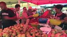 Outre-mer : sur les marchés, fruits et légumes locaux chers face aux produits importés abordables