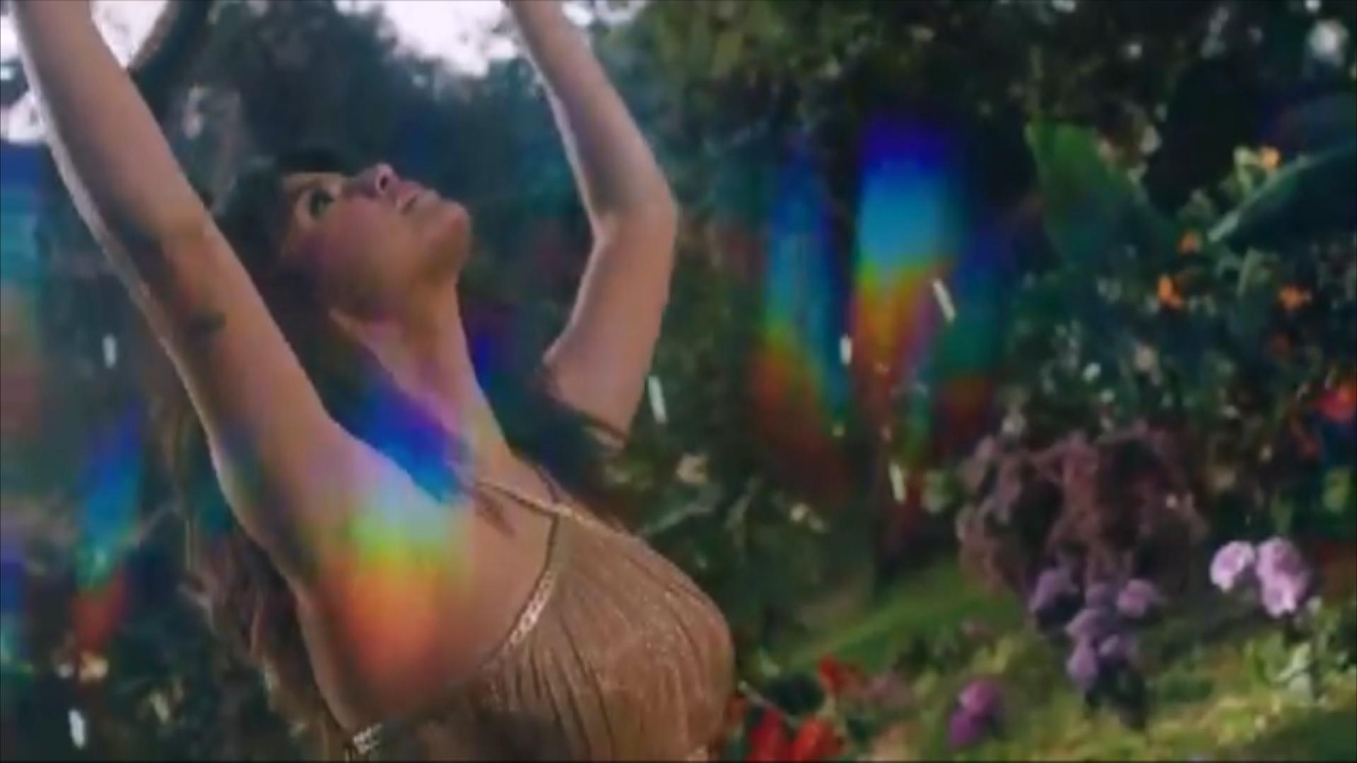 Selena Gómez lanza nuevo disco, titulado 'Rare'. http://bit.ly/2BuUAGT