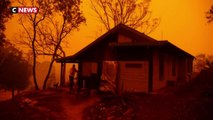 Australie : un jeune fermier sinistré constate les dégâts
