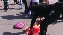 Meksika'da kadın cinayetlerine 'kırmızı ayakkabılarla' dikkat çektiler