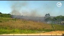 Incêndio atinge área próxima a casas de Retiro do Congo, em Vila Velha