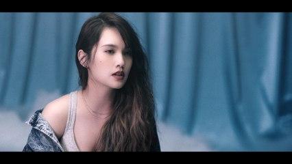 Rainie Yang - Love is Love