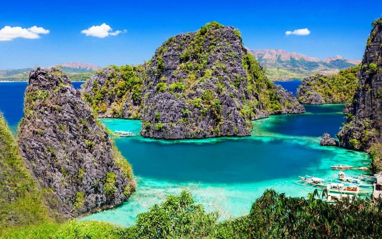 6 Places Where You Can See the Bluest Water in the World