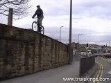 Vtt-trial-saut-mur