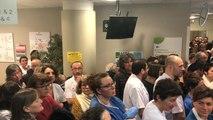 Une foule de 500 personnes soutient l'hôpital