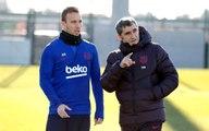 Barcelona, Ernesto Valverde'yi görevden aldı ve yerine Quique Setien'i getirdi