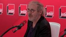 """Arnaud Desplechin  monte """"Angels in America"""" au théâtre :""""Ça faisait longtemps que j'avais envie de raconter des histoires d'amour entre hommes"""""""