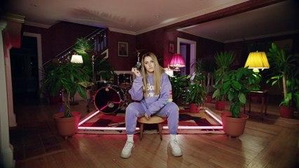 Chelsea Cutler - Sad Tonight
