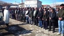 Öldürülen iki kardeşin cenazesi Afyonkarahisar'da toprağa verildi